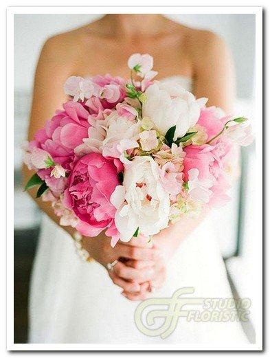 Популярные тенденции свадебных букетов в 2015 году